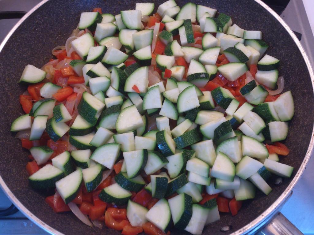riso saltato con verdure - inserisco le zucchine