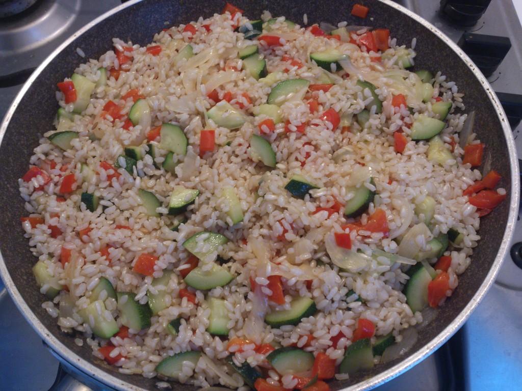Riso saltato con verdure - unisco riso e verdure