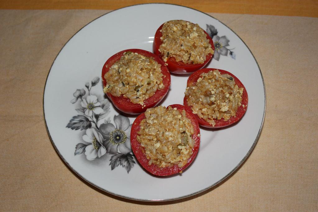 barchette di pomodori - riempire i pomodori