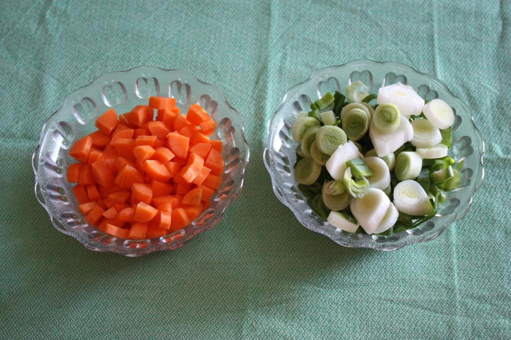 zuppa di farro - tagliare le verdure