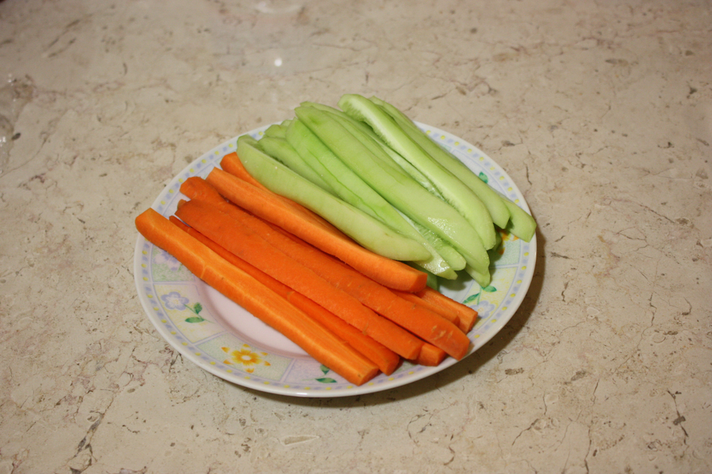 sushi - tagliare le verdure