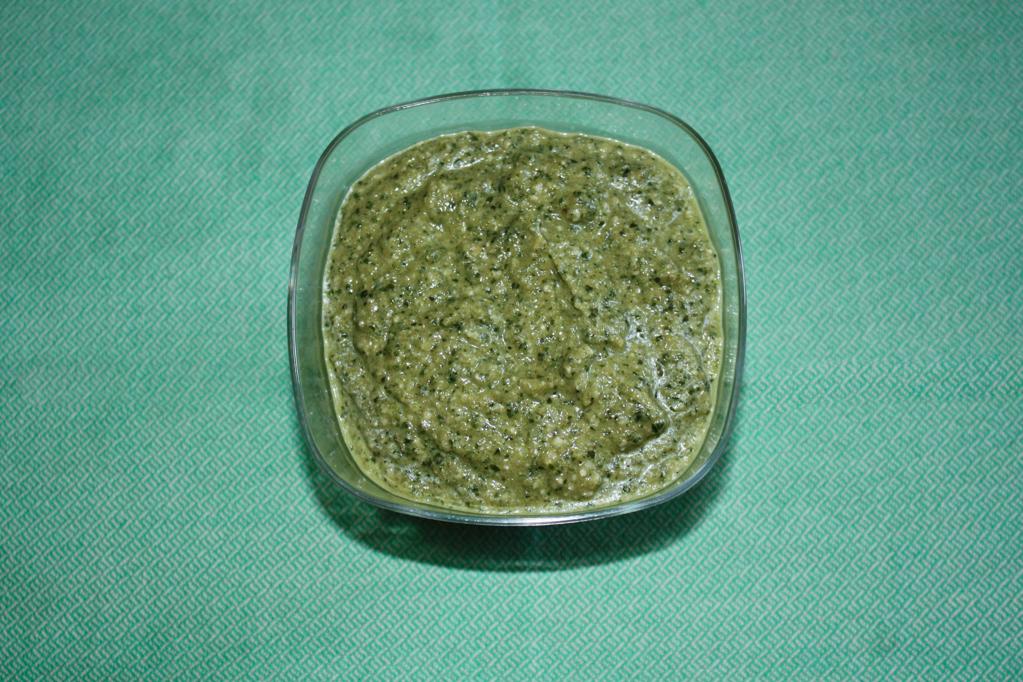linguine con pesto di zucchine e mandorle - pesto di zucchine