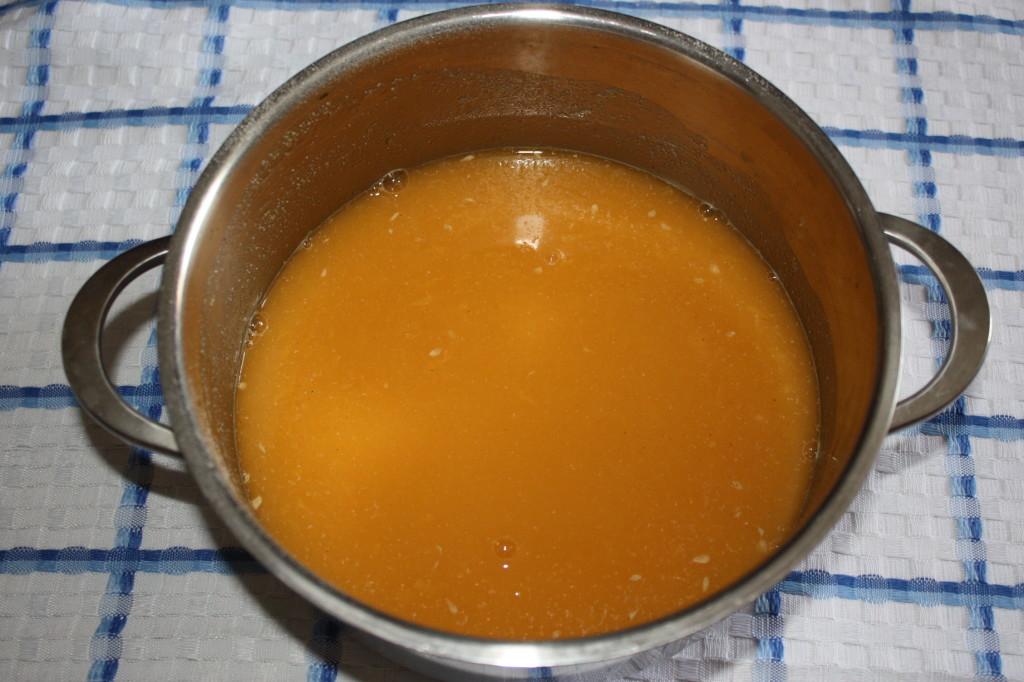 crema all'arancia - versare in pentola