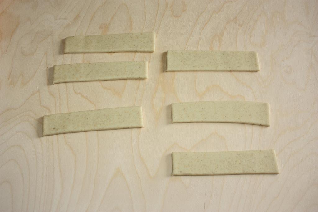 girelle alle verdure - tagliare le strisce