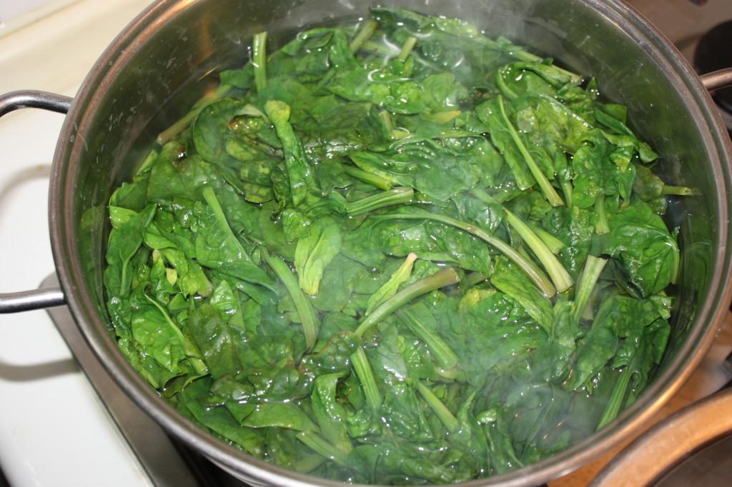 polenta e spinaci - sbollentare gli spinaci