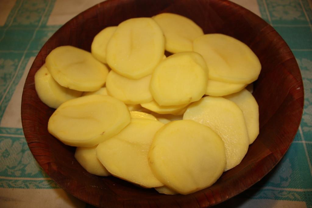 Gratin di patate - tagliare le patate