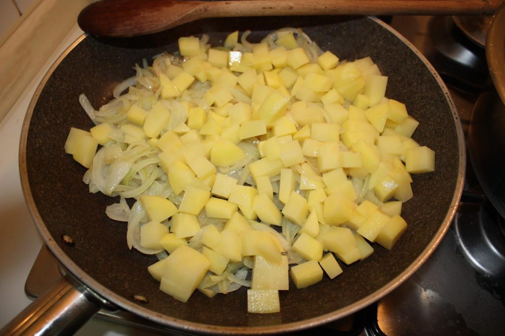 fagottini di verdure - cuocere le patate