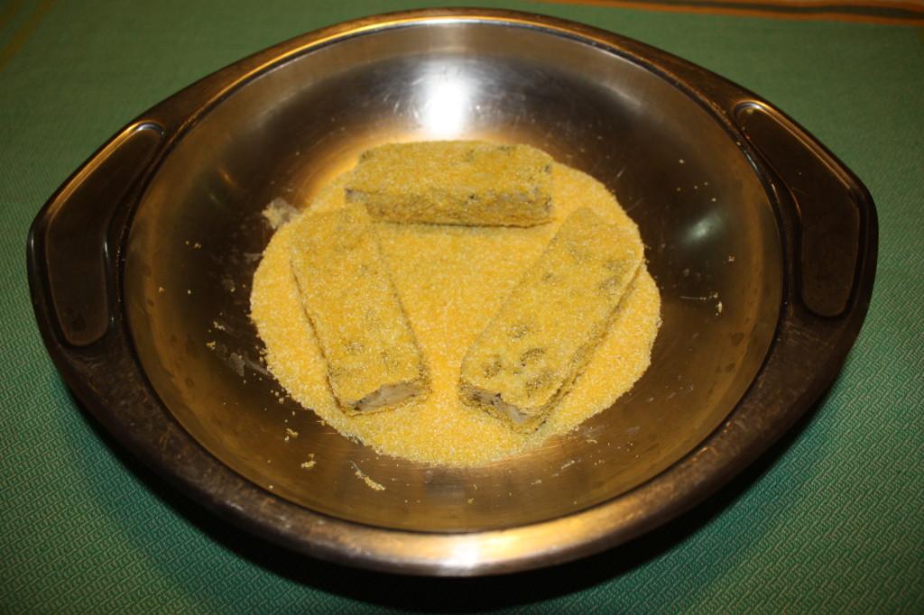 bastoncini di tofu croccanti - impanare il tofu