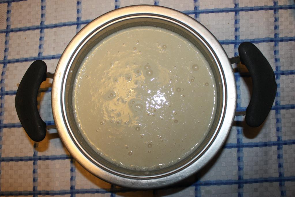 cheesecake di tofu alle pere - unire tutti gli ingredienti