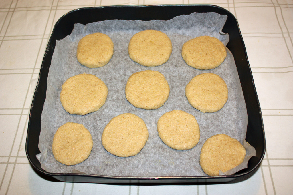 biscotti alla patata - infornare