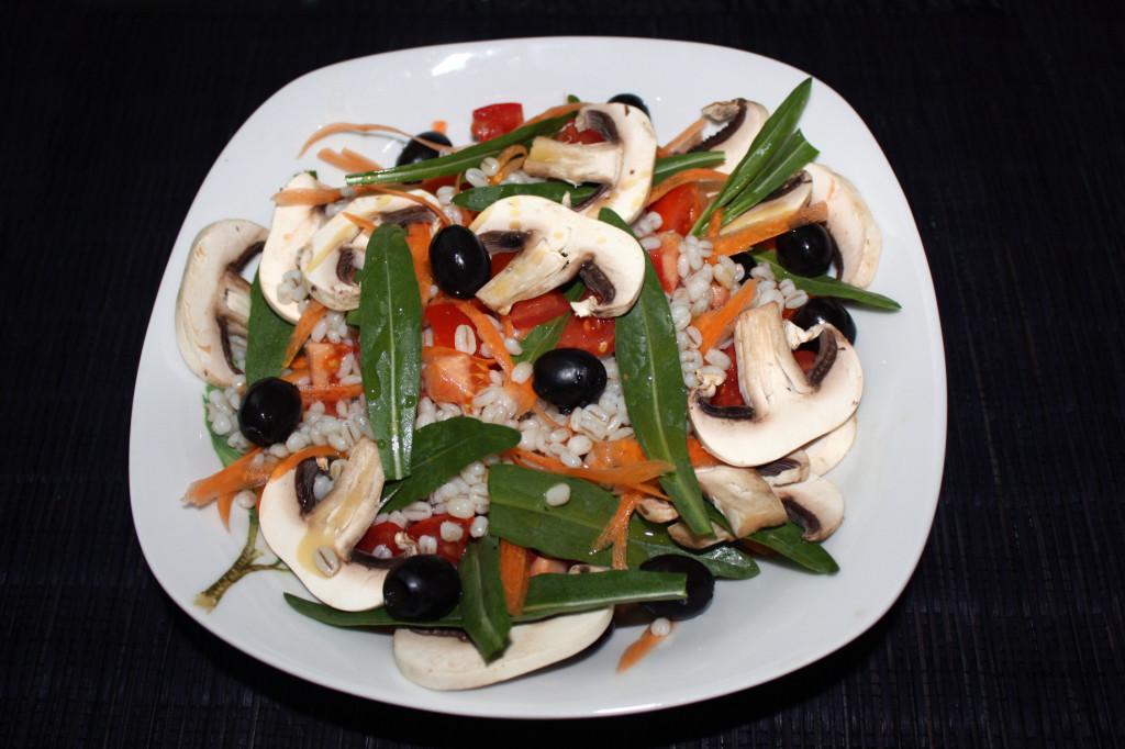 insalata di orzo - piatto pronto