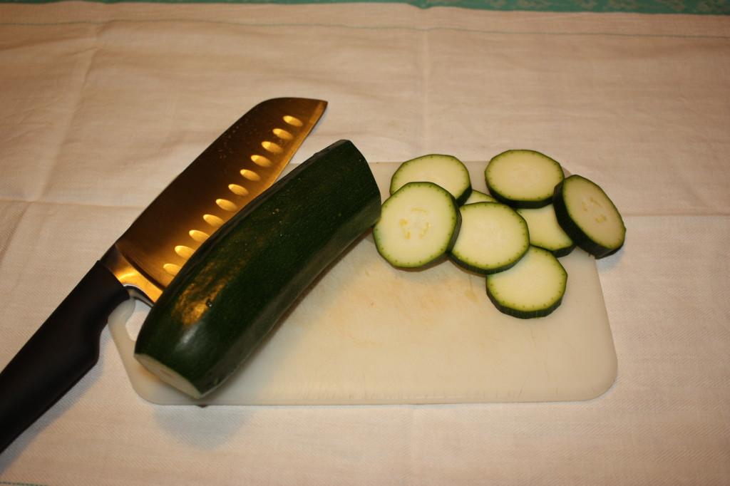 fantasia di verdure - tagliare le zucchine