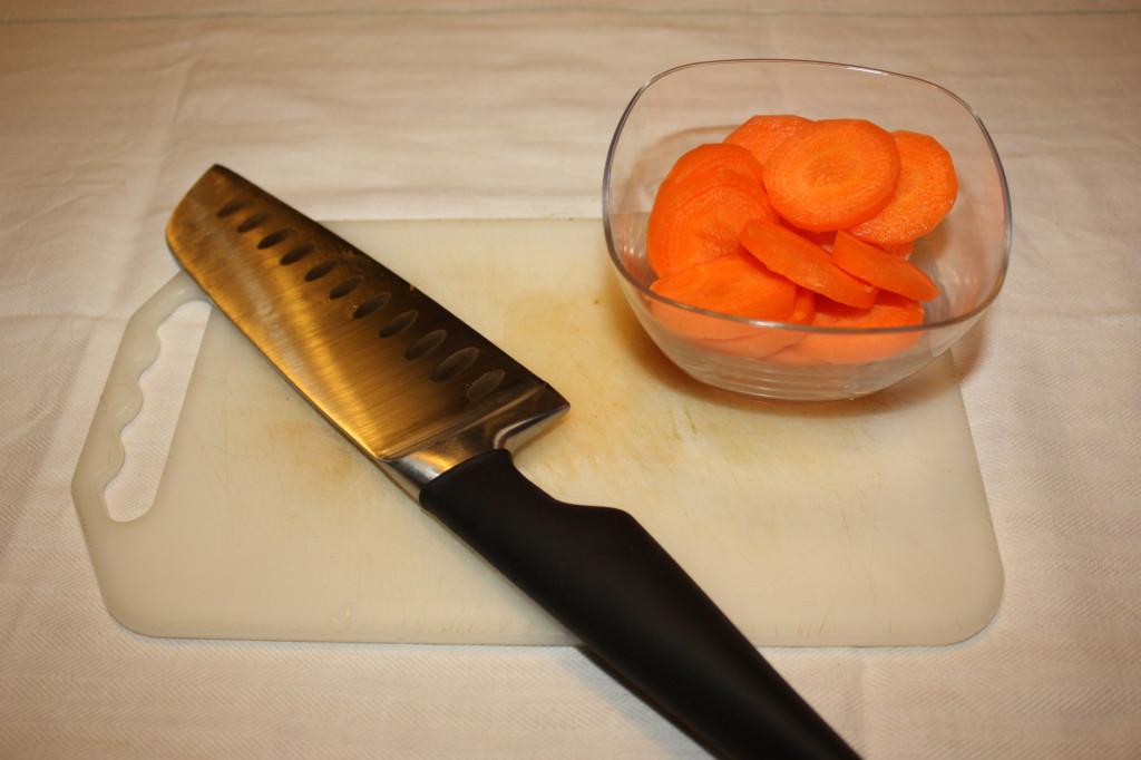 fantasia di verdure - tagliare le carote