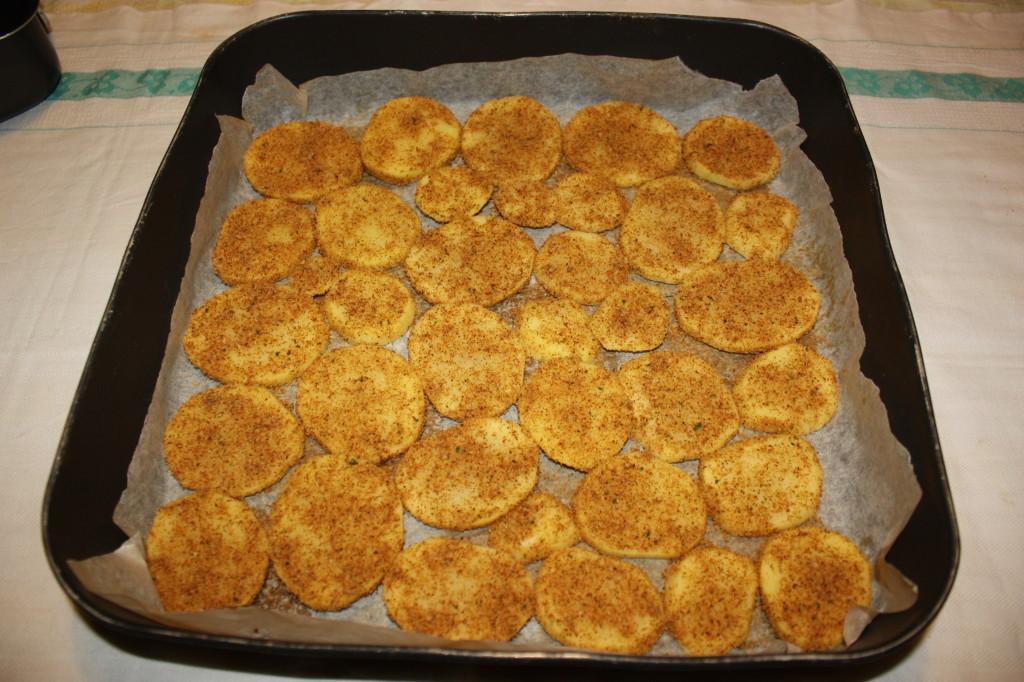 patate croccanti - impanare le patate