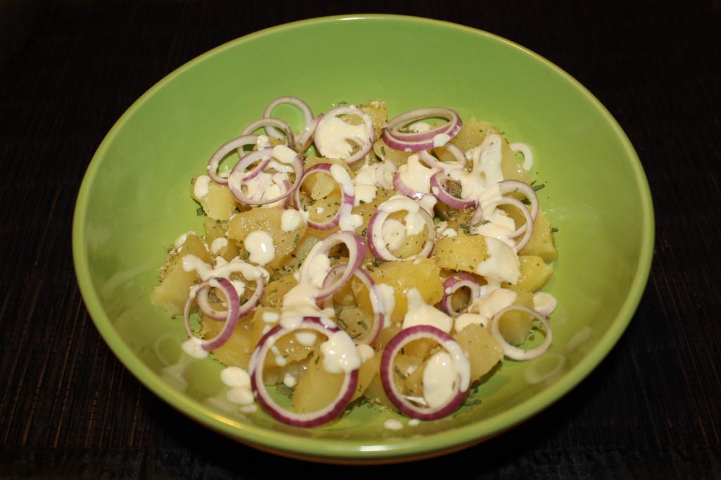 patate con salsa allo yogurt - piatto pronto