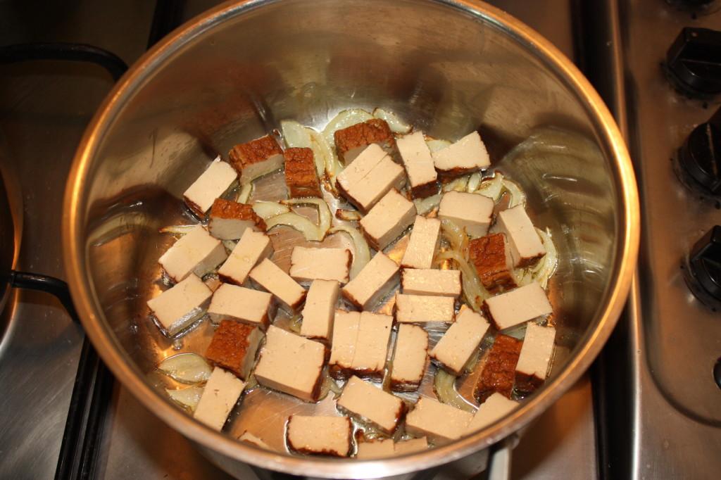 Conosciuto Penne al pomodoro e tofu affumicato - Cuore di rapa - Ricette  KH35