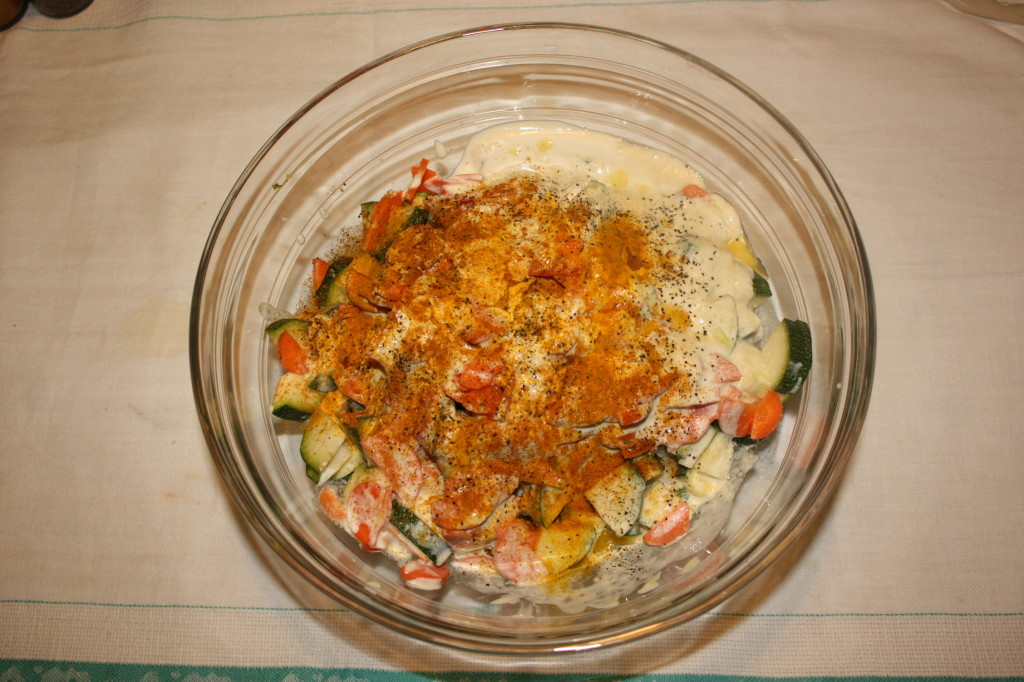 crostata di verdure - unire tutti gli ingredienti