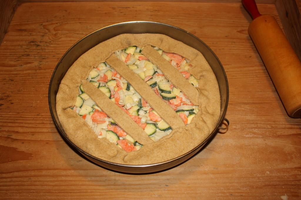 crostata di verdure - chiudere la crostata
