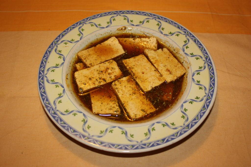 tofu grigliato con crema di sponsali - marinare il tofu