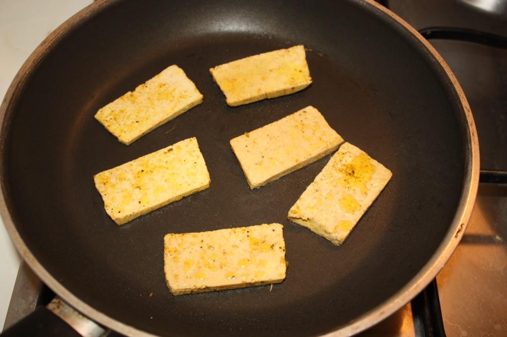 tofu grigliato con crema di sponsali - grigliare il tofu