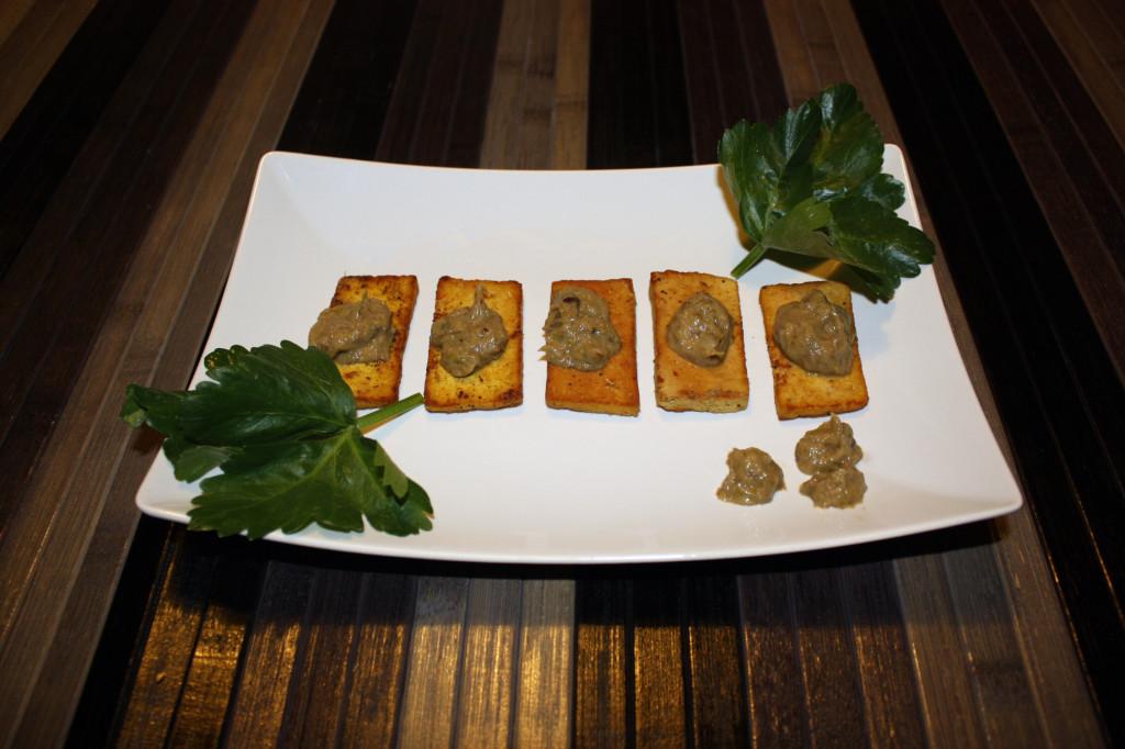 tofu grigliato con crema di sponsali - piatto pronto