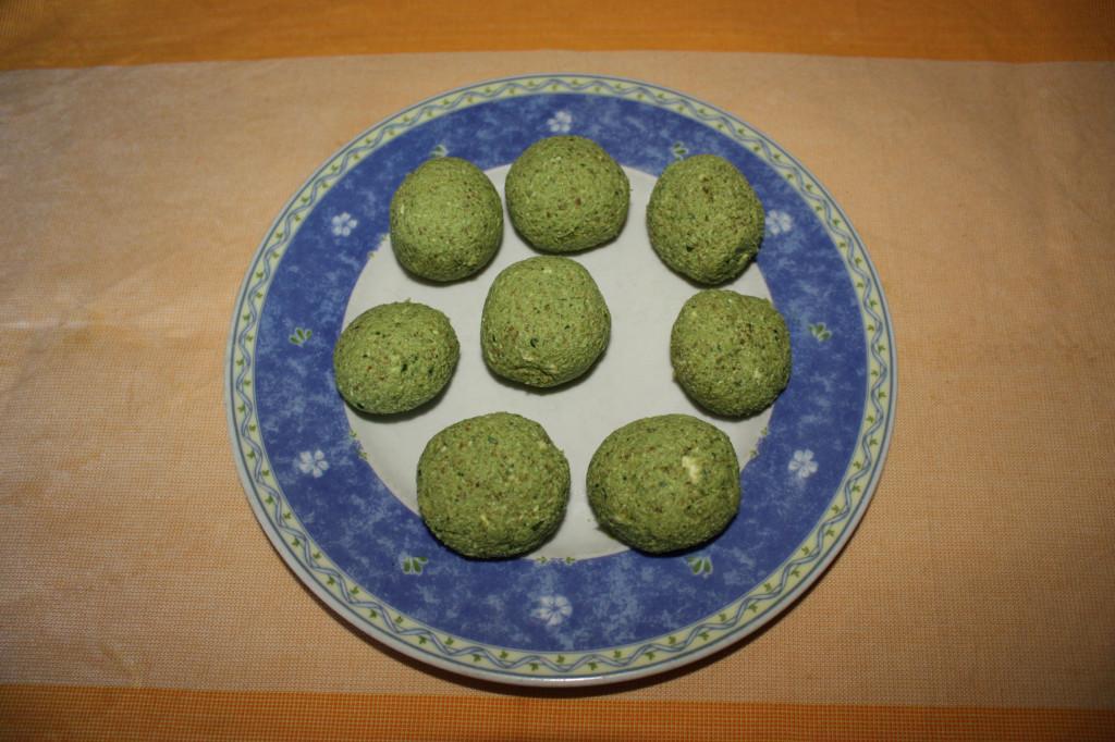 palline ai broccoli - creare delle palline