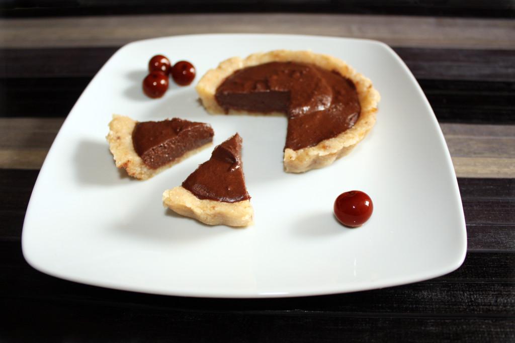 crostatine di mandorle al cioccolato - piatto pronto