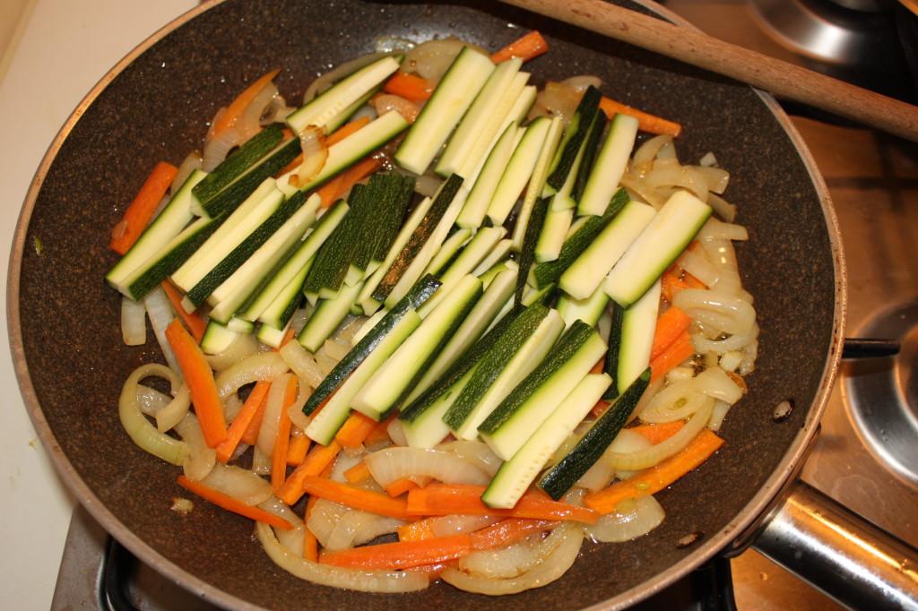 verdure al latte di cocco - cuocere le zucchine
