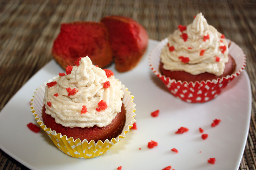red velvet cupcakes - piatto pronto