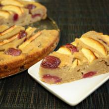 torta di mele e ciliegie - piatto pronto
