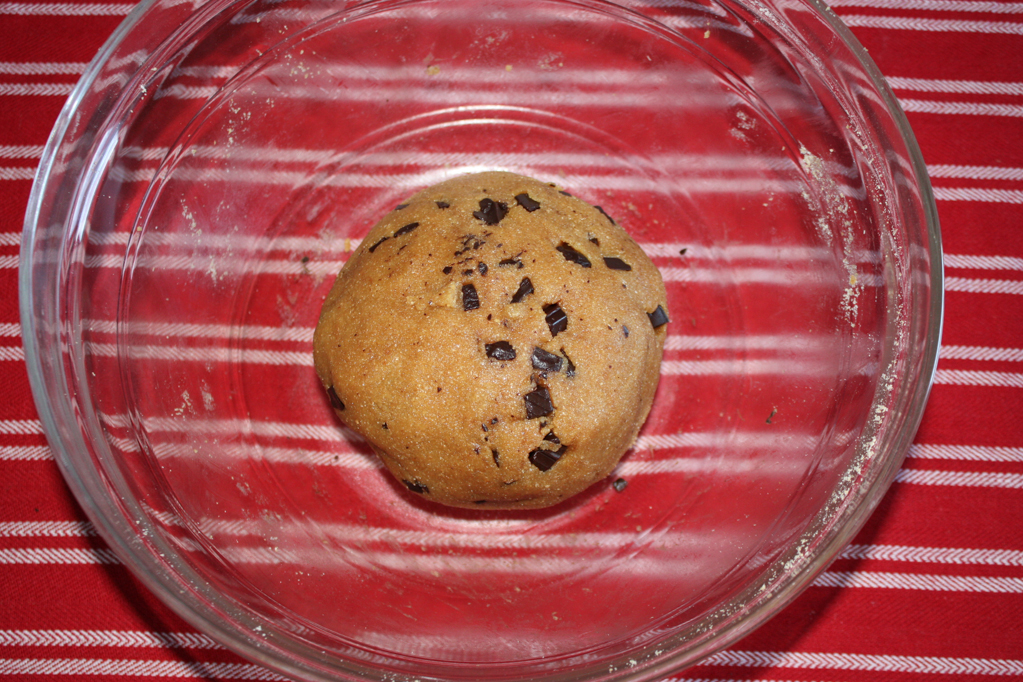 biscotti al burro d'arachidi e cioccolato - amalgamare il cioccolato