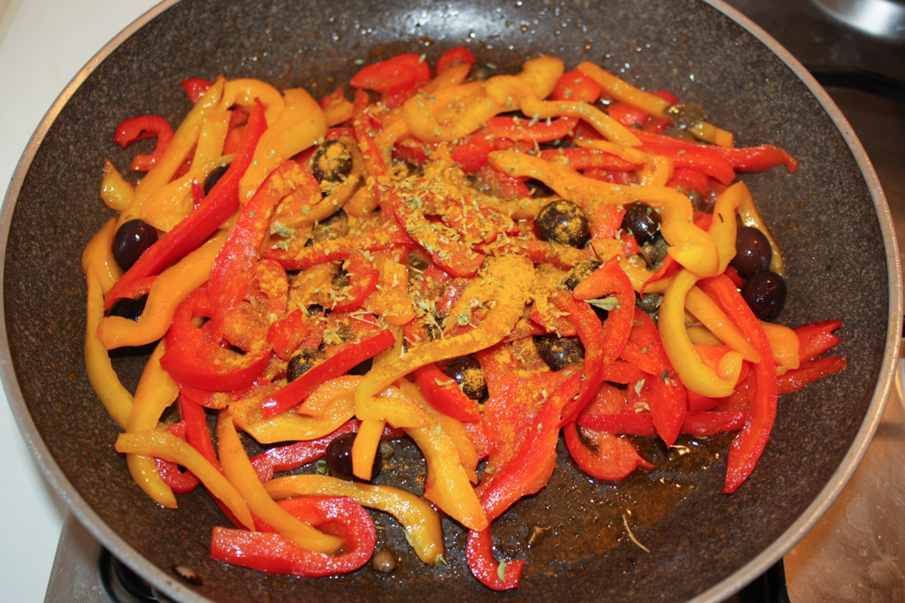 tofu grigliato con peperoni croccanti - aggiungere erbe e spezie