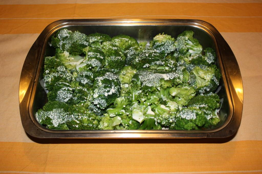 broccoli gratinati - aggiungere la panna